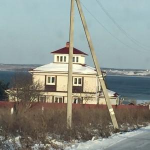 Участок с видом на озеро Плещеево.