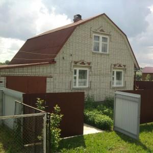 Срочно продается кирпичный дом с правом регистрации